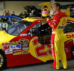 "Kevin Harvick, whose feud with fellow driver Joey Logano escalated last Sunday at Pocono, says he told Logano to ""get your dad under control"" prior to a Nationwide race at Nashville Superspeedway."