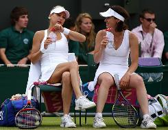 Martina Hingis, right, who played legends doubles at Wimbledon with Anna Kournikova, will join Kournikova in a full season of World TeamTennis this season.