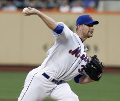 Mets starter Mike Pelfrey allowed just four hits in seven innings, outdueling Rockies ace Ubaldo Jimenez in New York's 1-0 win.
