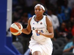 Guard Cappie Pondexter scored 28 points in a 107-69 rout of the Phoenix Mercury, leading the New York Liberty to their eighth consecutive win.