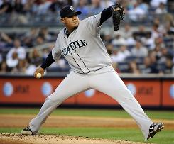Mariners ace Felix Hernandez struck out 11 Yankees on Friday and nearly became the first pitcher in 25 years to throw four consecutive complete games vs. New York. Seattle won 6-0.