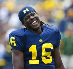 http://i.usatoday.net/sports/_photos/2010/09/07/denard-robinsonx.jpg