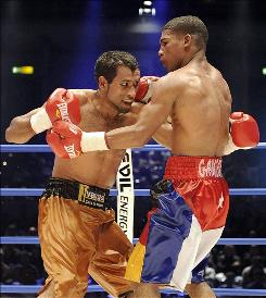 WBA champion Yuriorkis Gamboa of Cuba, right, is 18-0 with 15 knockouts.