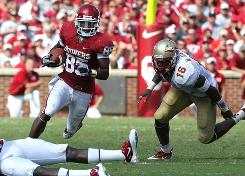 Oklahoma wide receiver Ryan Broyles heads upfield after a catch in the second quarter against Florida State.