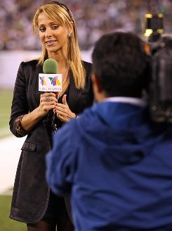 Ines Sainz, reporting during the first half of the Jets-Ravens game on Monday night, felt uncomfortable when she was trying to do her job in the team's locker room last weekend.