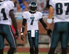The Eagles handed their starting job to Michael Vick after he played well in relief of an injured Kevin Kolb.