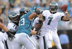 Michael Vick led the Eagles to their second straight win on Sunday.