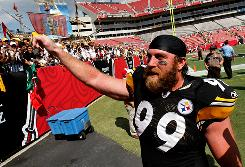 Steelers DE Brett Keisel celebrates the team's win in Tampa on Sunday.
