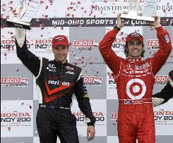 Dario Franchitti, right, won the Honda Indy 200 at Mid-Ohio in August, while Will Power was second. Heading into the final race of the IndyCar Series season, Power leads Franchitti in the standings by 12 points.