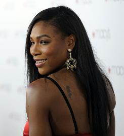 Serena Williams won't play in next week's WTA Tour season finale because she has reinjured her foot.