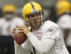 Ben Roethlisberger is set to play for the first time this season on Sunday.