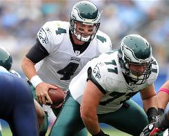 Kevin Kolb led the Eagles on a 2-1 run while starting QB Michael Vick was injured.