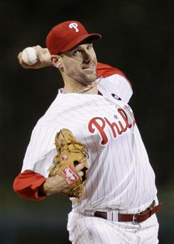 Cliff Lee agreed to terms with the Philadelphia Phillies on a five-year, $100 million contract.