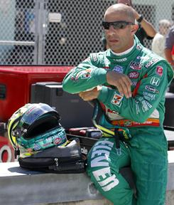 Indy car driver Tony Kanaan announced he would be teaming up with Gil de Ferran for the 2011 campaign.
