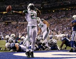 LaDainian Tomlinson and the Jets won 17-16 in Indianpolis on Saturday.