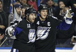 Lightning Blank Capitals, Take Over First In Southeast Division