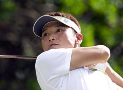 Shigeki Maruyama shot his second straight 65 and shares the second-round lead with Stuart Appleby at the Sony Open.