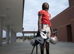 All-USA team member Jadaveon Clowney will delay signing with a college until at least Feb. 14.