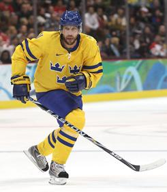 Peter Forsberg, playing for Sweden during the 2010 Vancouver Olympics, last played in the NHL during the 2007-08 season.