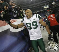 Jets linebacker Jason Taylor sat out practice on Wednesday but returned on a limited basis on Thursday.