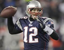 Tom Brady led the Patriots to a 14-2 regular-season record.