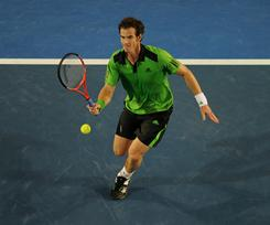 Andy Murray of Britain lines up a forehand during his 4-6, 7-6 (7-2), 6-1, 7-6 (7-1) victory against David Ferrer of Spain in a semifinal match at the Australian Open in Melbourne on Friday.
