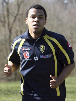 Charlie Davies, seen here training in March 2010, will report to D.C. United on a loan from France's Sochaux this week.