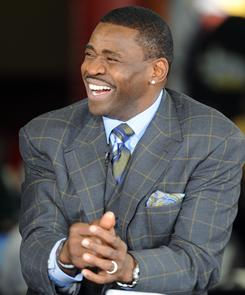 Michael Irvin thinks the Packers will beat the Steelers in the Super Bowl.