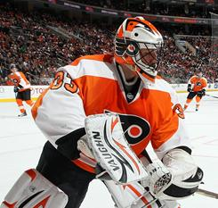 Brian Boucher stopped 30 shots to help the division-leading Flyers extend their lead over the second-place Penguins to three points.