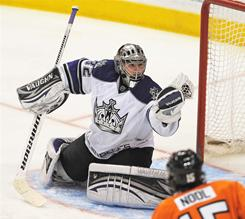 Los Angeles goaltender Jonathan Quick makes a save against Philadelphia during the third period of their game on Sunday. Quick and the Kings shut out the Flyers 1-0.