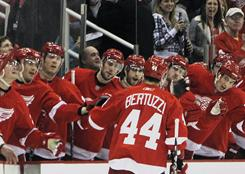 Detroit winger Todd Bertuzzi is congratulated by teammates after scoring a first-period goal against the Bruins Sunday.