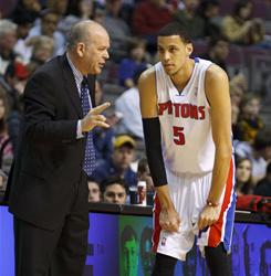 Austin Daye (5) scored 18 points a day after the Pistons had a reported dust-up with coach John Kuester, left.