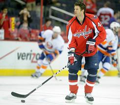 The Capitals, who had been using youngsters at their No. 2 center position, now have big, experienced Jason Arnott for the role.