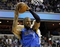 Tyson Chandler's sprained right foot should only keep him out of the Mavericks' lineup for a couple of games.