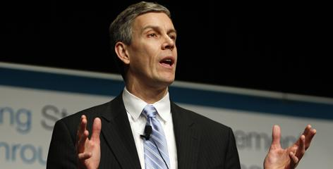 Secretary of Education Arne Duncan says NCAA basketball teams with poor graduation rates should not be allowed to participate in postseason tournaments.