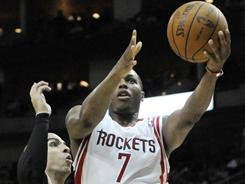 Houston's Kyle Lowry (7) scored 20 points and added nine assists in the Rockets 93-77 blow out win over the Boston Celtics on Friday.