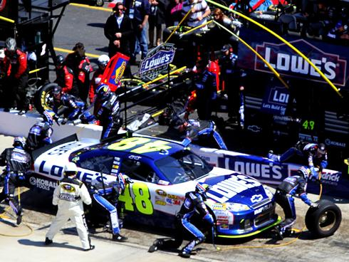 Jimmie Johnson apologizes to NASCAR for pit-speed penalty ...