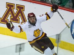 Kyle Schmidt's first-period goal helped Minnesota Duluth down Notre Dame to secure a spot in the NCAA hockey national title game.