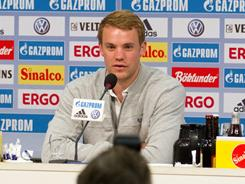 An emotional Manuel Neuer explained his desire to keep his playing options open at a news conference on Wednesday.
