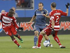 Landon Donovan scored the equalizer for the Galaxy, but Los Angeles were unable to hold on late as Brek Shea scored in the 87th minute for a 2-1 win for FC Dallas.
