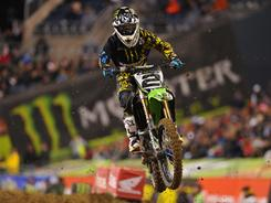 Ryan Villopoto heads into final race with nine-point lead.