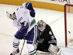 Vancouver's Ryan Kesler will be a handful for Antti Niemi and the Sharks in the Western Conference finals.