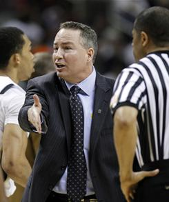 Billy Kennedy, seen here during Murray State's 2010 NCAA tournament appearance, will leave the school to coach Texas A&M.