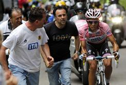 Spain's Alberto Contador is cheered by fans during the 14th stage of the Tour of Italy in Monte Zoncolan, Saturday.