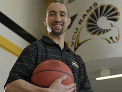 VCU's Shaka Smart agreed to a new contract that includes about $1.2 million in guaranteed money, roughly triple what he made last season.