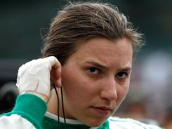 Simona De Silvestro burned her hands in a crash last week, but she will start Sunday's Indianapolis 500 23rd.