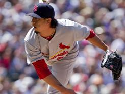 Kyle Lohse pitched six innings and picked up his seventh win of the year in the Cardinals' 4-3 victory over the Rockies on Sunday in Denver.