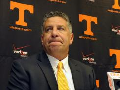 Former Tennessee hoops coach Bruce Pearl will be one of several school representatives to go before the NCAA Committee on Infractions this weekend.