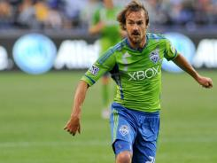 Forward Roger Levesque scored two goals in the Seattle Sounders' 4-2 win over the New York Red Bulls on Thursday.