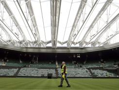 Eddie Seaward, who is in his third decade as Wimbedon's head groundsman, will step aside after the 2012 Olympics.